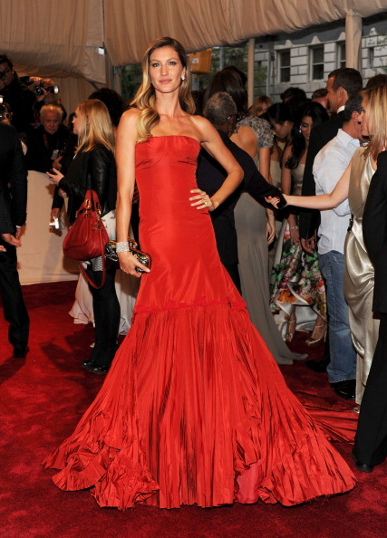 Gisele Bundchen Met Gala Dress 2011